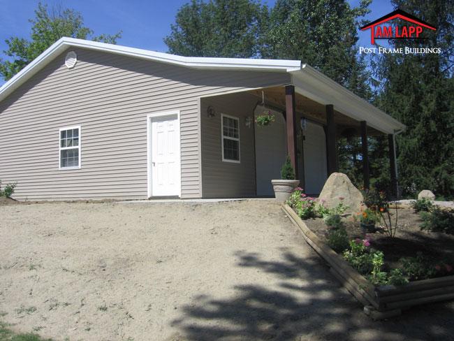 Residential polebarn building garrettsville tam lapp Residential pole barn homes