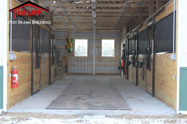 Horse Barn Building In Alexandria Tam Lapp Construction Llc