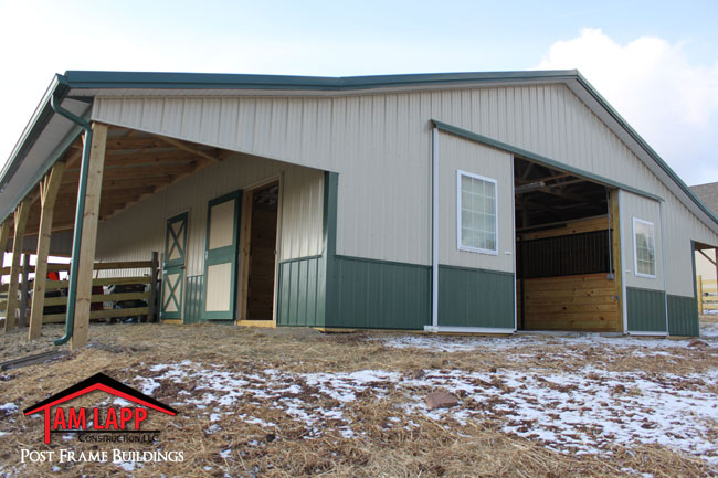 36 39 W X 48 39 L X 10 39 H Horse Barn Building In Alexandria New