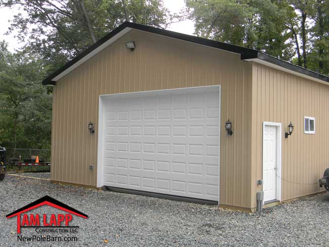 Residential polebarn building middletown tam lapp for Pole garage pictures