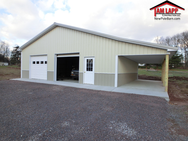 Residential polebarn building harleysville tam lapp for Pole barn with porch