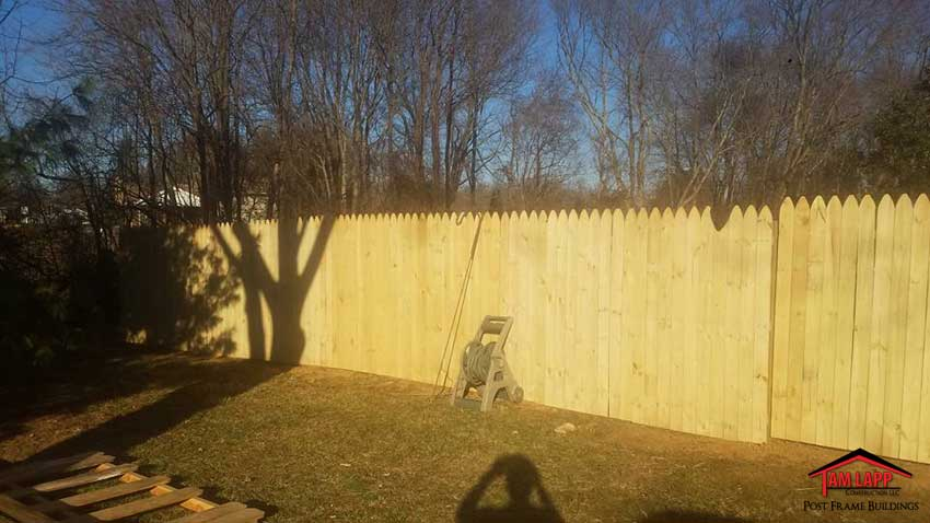 Wood Picket-Privacy Fence