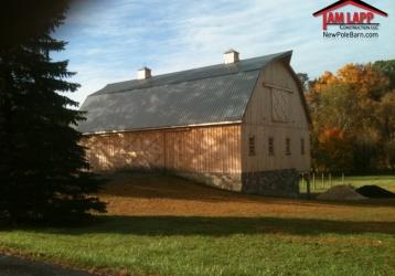Speciality Building – Bank Barn In North Hampton, Pennsylvania