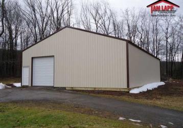 Commercial Polebarn Building in Whitehaven, Pennsylvania