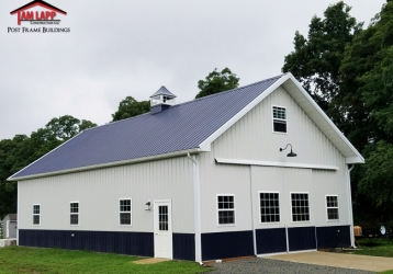 2016 Building of the Year – Residential Pole Barn Building in Cream Ridge, New Jersey